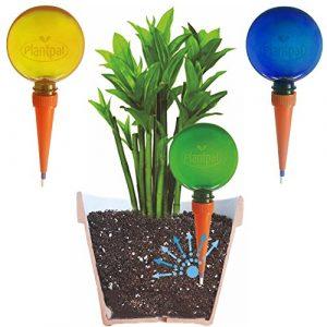 Lot de 3grandes Plantpal globes d'arrosage. NEUF clair Couleurs Bleu, Vert et orange clair, vue de niveau d'eau. Vacances et quotidienne d'arrosage automatique pour les plantes.